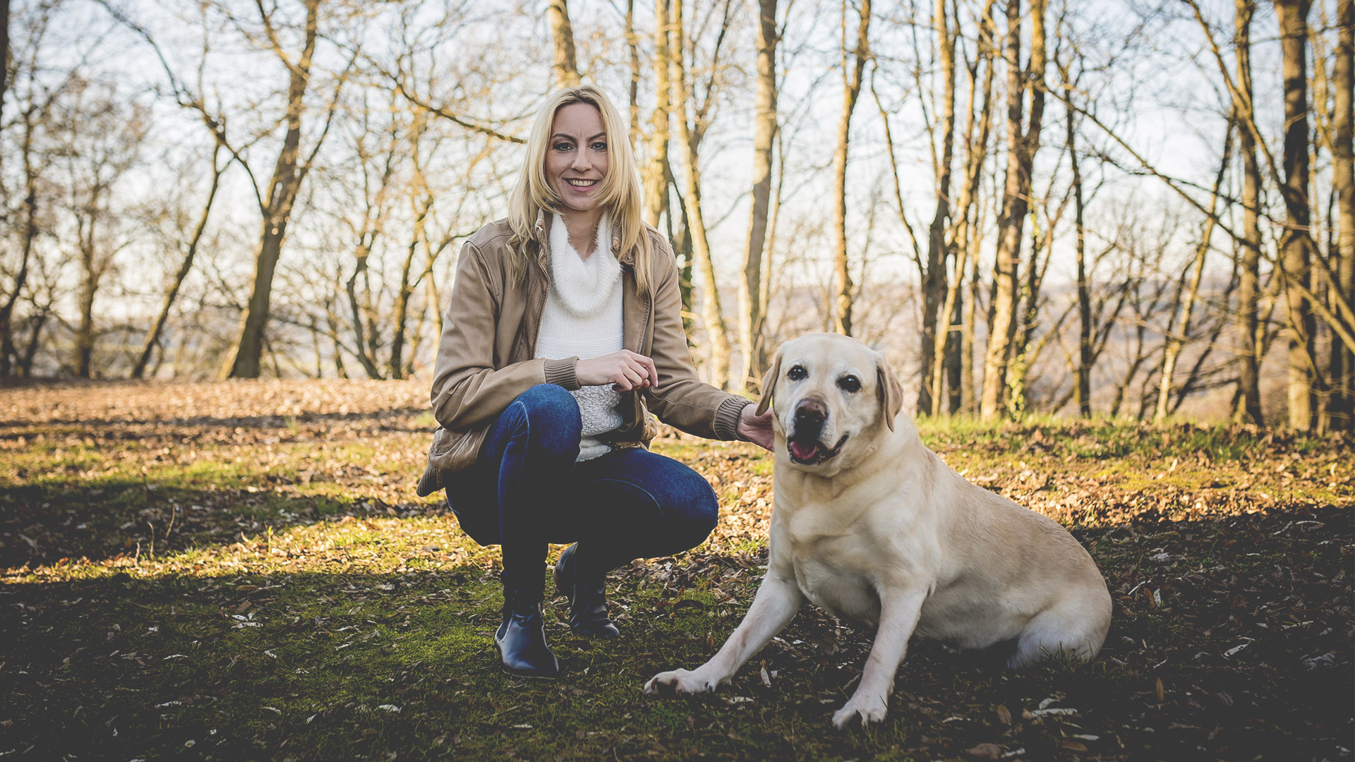 Tanja Gaß und ihr Ladrador Finn